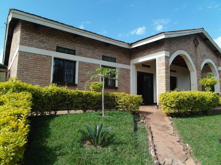 Identisches ruandisches Leben mitbekommen