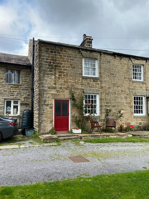 Ash Cottage in the Heart of the  Yorkshire Dales