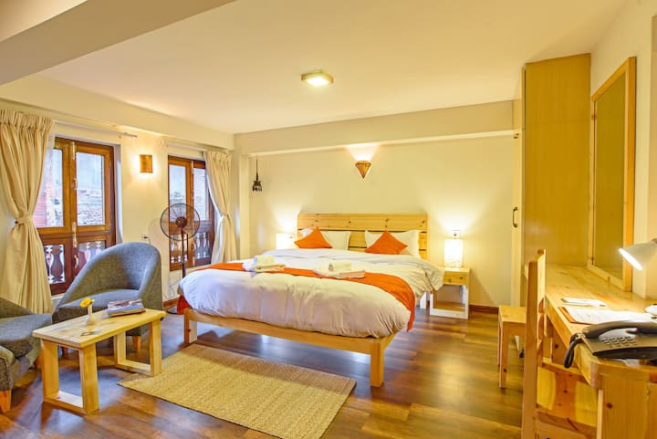 HOTEL TIMILA Newa comfort home king bedroom B