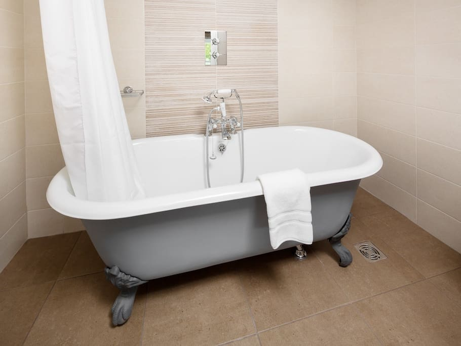 Nidderdale Suite Bathroom