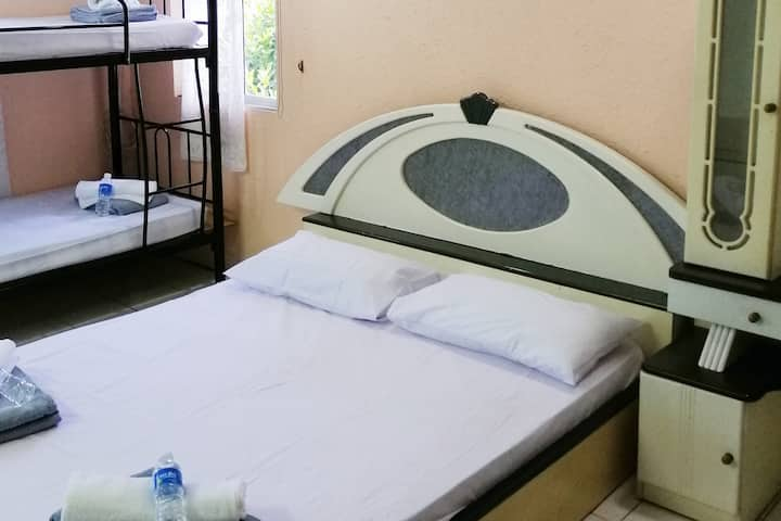 MY BEST KK Room8 良い/좋은 -主人房, 私人厕所 CHEAP CAR RENT