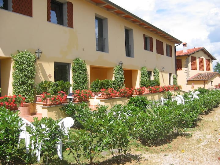 Agriturismo stay in Tuscan countryside, Florence