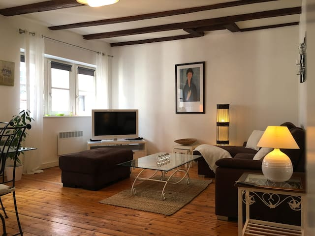Perspective Salon - Living Room
