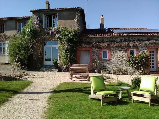 La Flocellière en Vendée Collection - Canvas Frills Lodge collection 6P