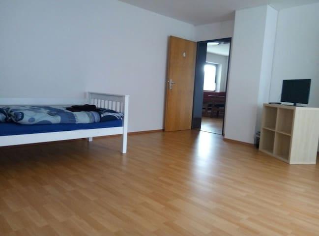 Große Wohnung 3 Zimmer Tückelhausen bis 8 Pers - Ochsenfurt - Appartement