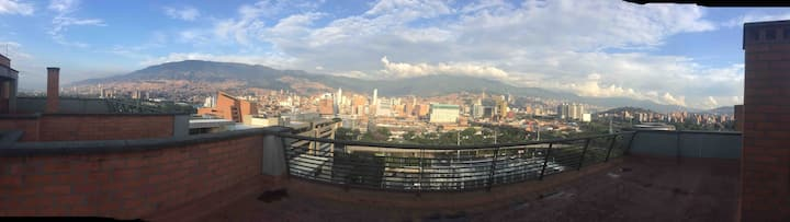 GREATEST APARTMENT WITH GREAT LANDSCAPE-MEDELLIN