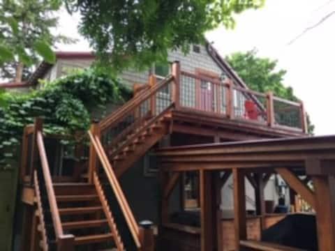 Downtown Loft Retreat- Modern Farmhouse Style