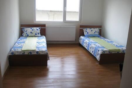 Camera twin - Ploiești
