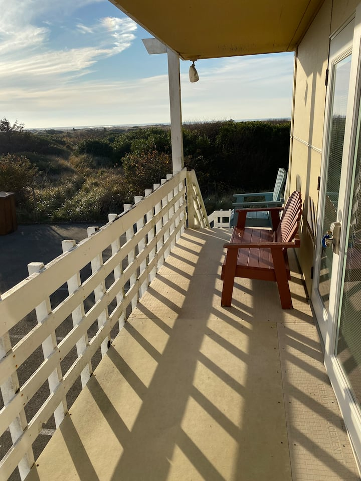 2-Bedroom Condo with Ocean View!