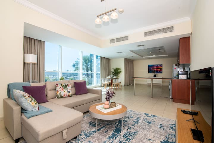 Homely and Spacious One Bedroom in JLT