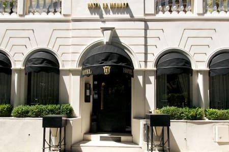 Chambre Privée dans Boutique Hotel! - Cap-d'Ail - Bed & Breakfast