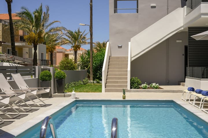 Tow bedroom apartment with pool platanias, chania