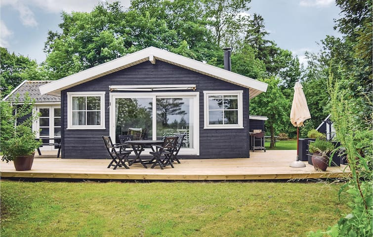 Holiday cottage with 2 bedrooms on 55m² in Odder