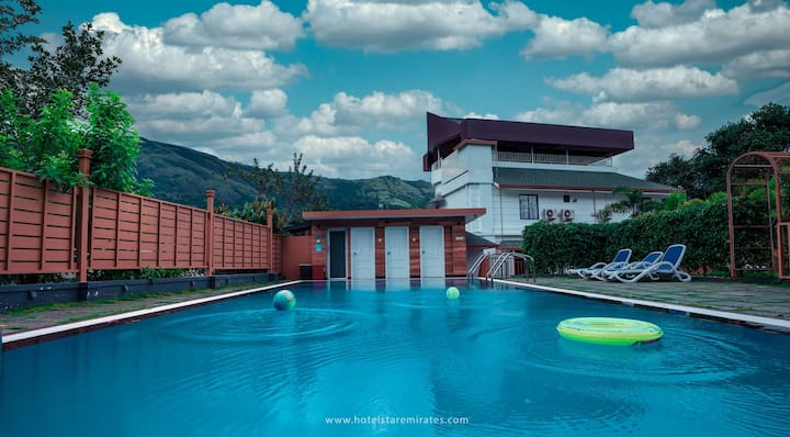 Ayurvedic Retreat Center in Munnar