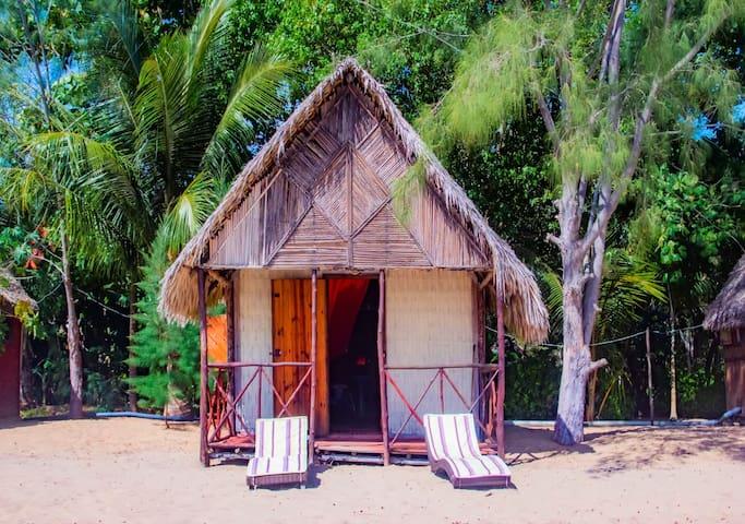 Magnifique petit bungalow COSY en bord de mer