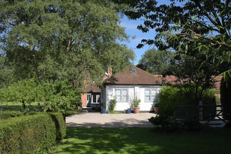 The Longhouse New Place Farm annexe