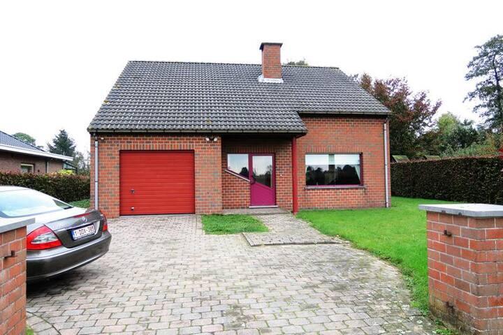 2 single / dubbele kamers in de noorderkempen - Wuustwezel - Casa