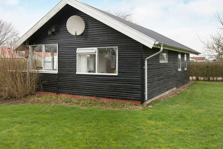 Lovely Holiday Home in Hejls near Sea