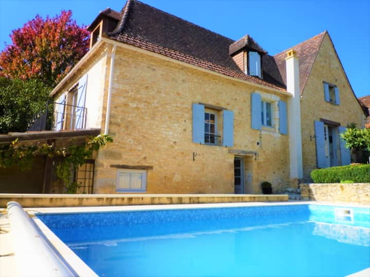 CHARMING STONE HOUSE WITH HEATED POOL