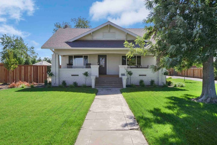 Lodi Wine Country's 1917 Craftsman Bungalow