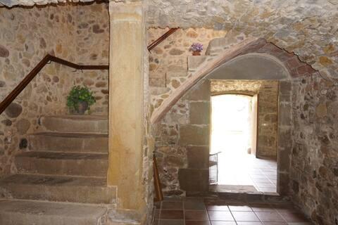 Empordà: charmante steen in Corçà