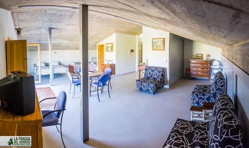 Habitación 201 - Chumillas - Hus
