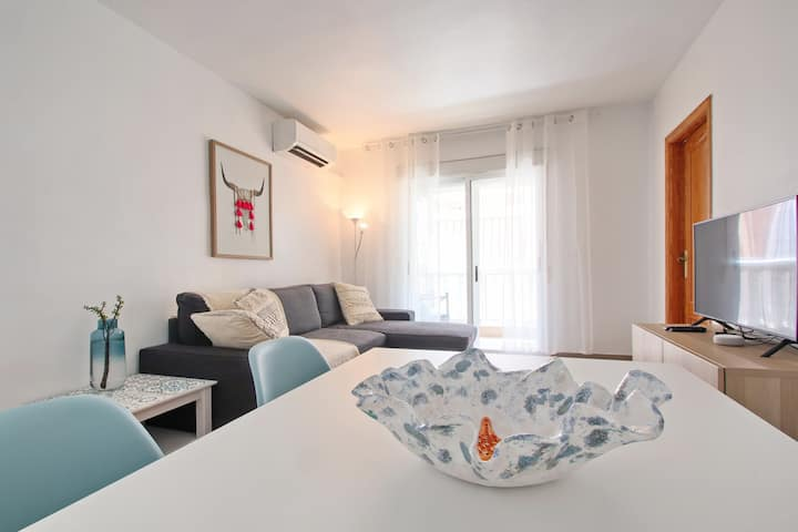 Newly renovated apartment 200 m. from the beach