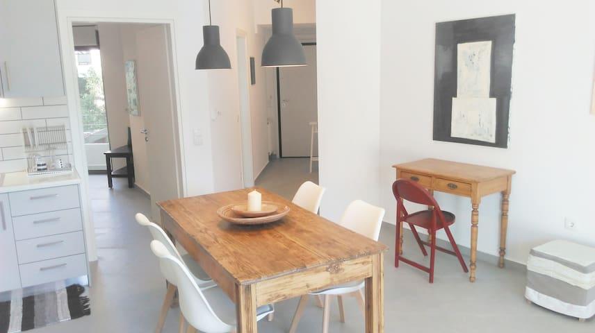 Palamidi view newly constructed apartment - Nafplion - Apartamento