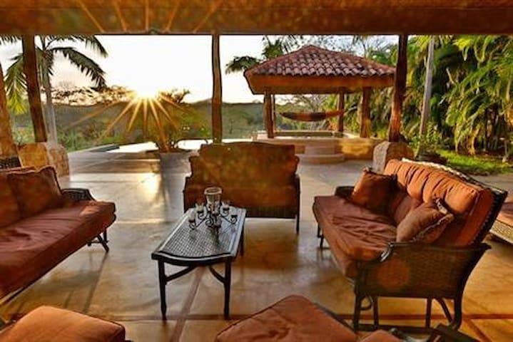 Casa De Golf, own pool, near beach at the Westin