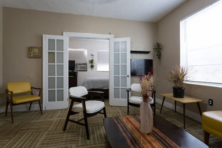 ExtraLarge 1 bedroom plus rooster88 - Miami - Apartment