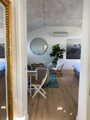 Beach Studio | Angelo Lane 7min to Cottesloe Beach
