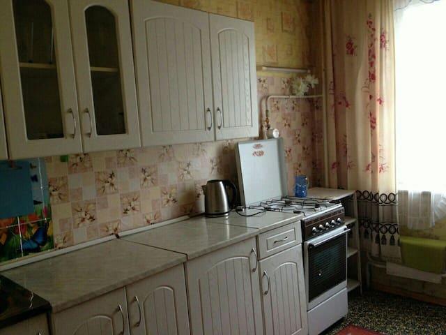 Просторная двухкомнатная квартира - Ростов-на-Дону - Apartamento