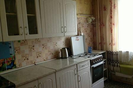 Просторная двухкомнатная квартира - Ростов-на-Дону - Wohnung