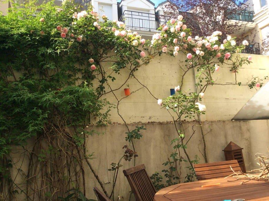 Appartement avec jardin et terrasse appartements louer for Jardin a louer ile de france