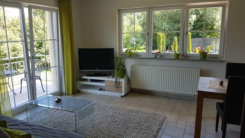 Schöne Wohnung am Ortsrand