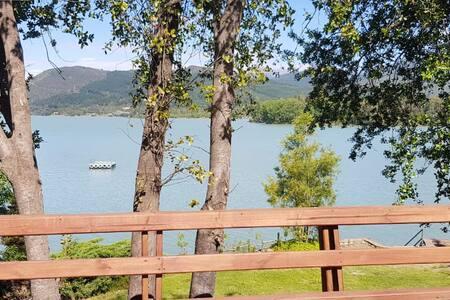 Amplia Cabaña en Lago Colbun