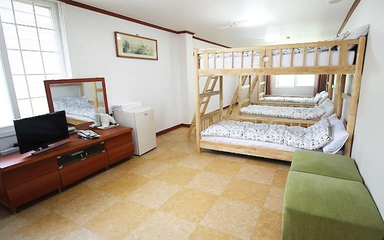 도미토리B dormitory  설악산에서 가장 가까운 게스트하우스