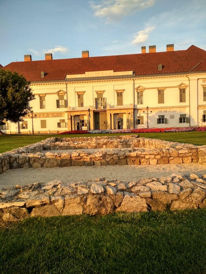 Sándor Palace