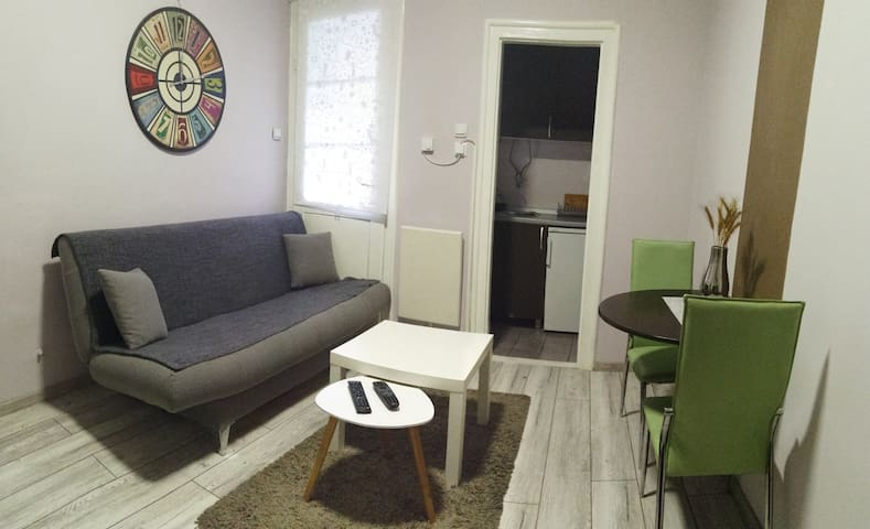 3 star Moscow apartment, central location!