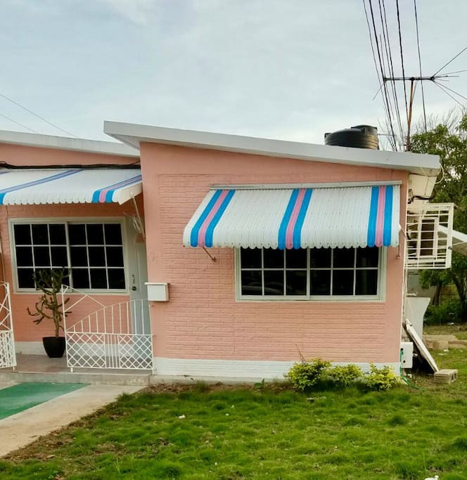 The Pink Flamingo Hellshire Beach Portmore Houses For Rent In Hellshire Saint Catherine