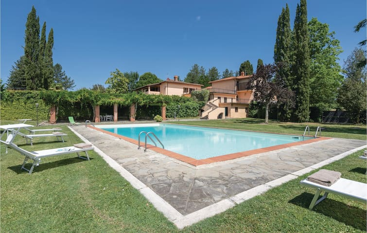 Holiday cottage with 5 bedrooms on 460m² in Vicchio di Mugello FI