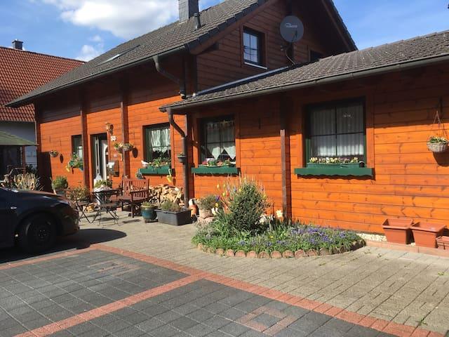 Finnisches Holzhaus - Gummersbach - House