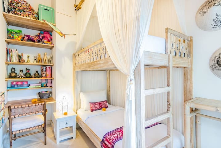 The bunk bed in the third bedroom