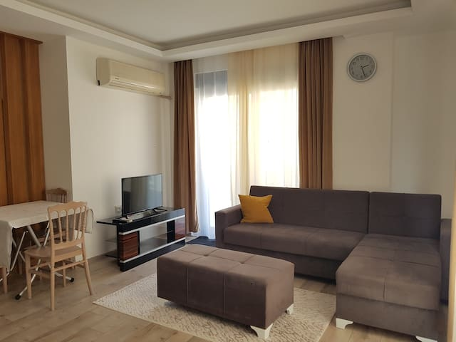 New and Cosy Apartment -60 Sq