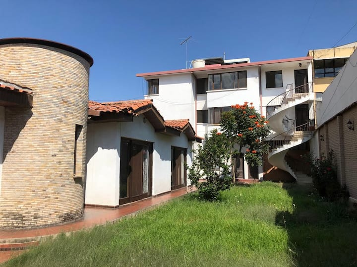 Pleasant House in the City of Cochabamba