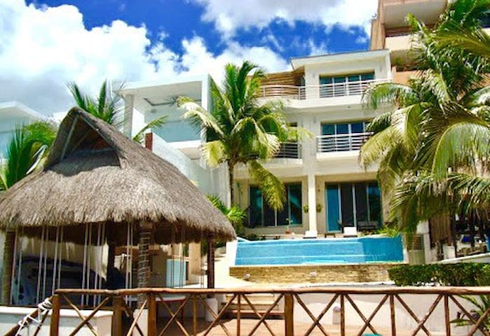 Spectacular Oceanfront Home w/ Pool & Ocean Access - Cozumel - House