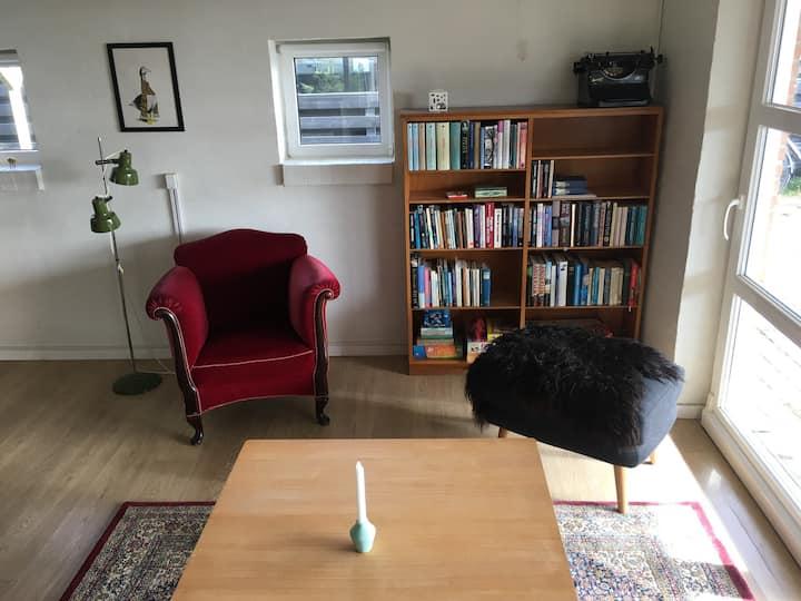 Hyggelig studiolejlighed i Klitmøller