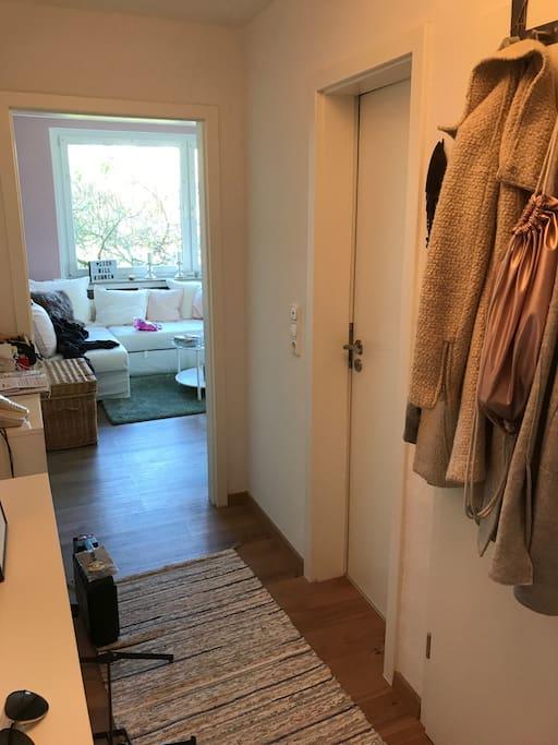 ger umige 2zimmer wohnung in s lz wohnungen zur miete in k ln nrw deutschland. Black Bedroom Furniture Sets. Home Design Ideas