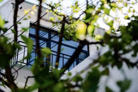 【壹样】承德市中心区独栋别墅/半山小院 近避暑山庄/停车方便/可住3人家庭房+独院/——有暖气——