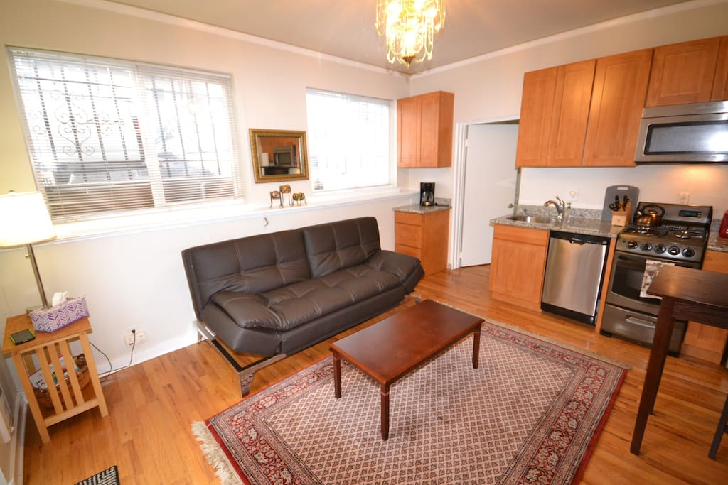 University District One Bedroom Free Parking Apartments For Rent In Seattle Washington